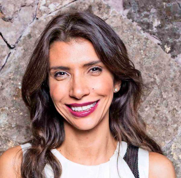 Entrevista a Alejandra Mustakis