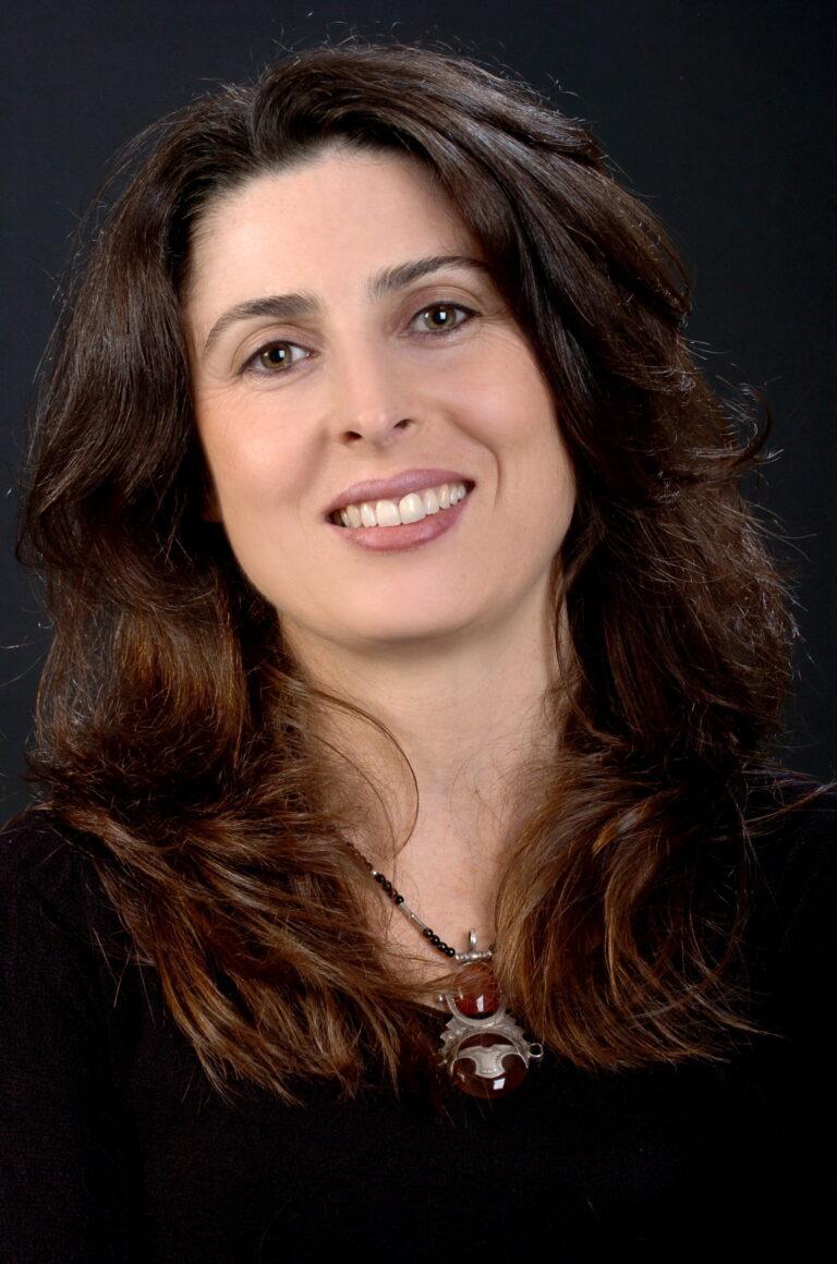 Internacional: Directora Palestina Mai Masri es elegida miembro de la Academia de los Oscars