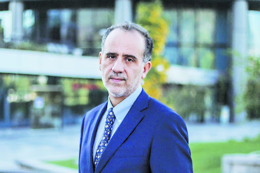 Entrevista a Jorge Selaive